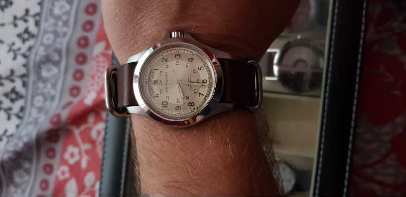 10596b4d1 Customer picture of Hamilton Khaki Field Auto Brown Leather H64455523